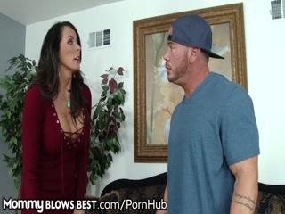 Смотреть порно видео мастурбация мамы парня